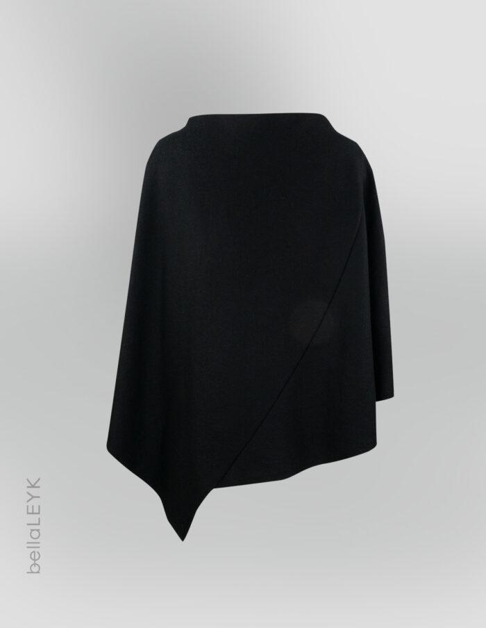 bellaleyk-schwarzerponcho-von hinten